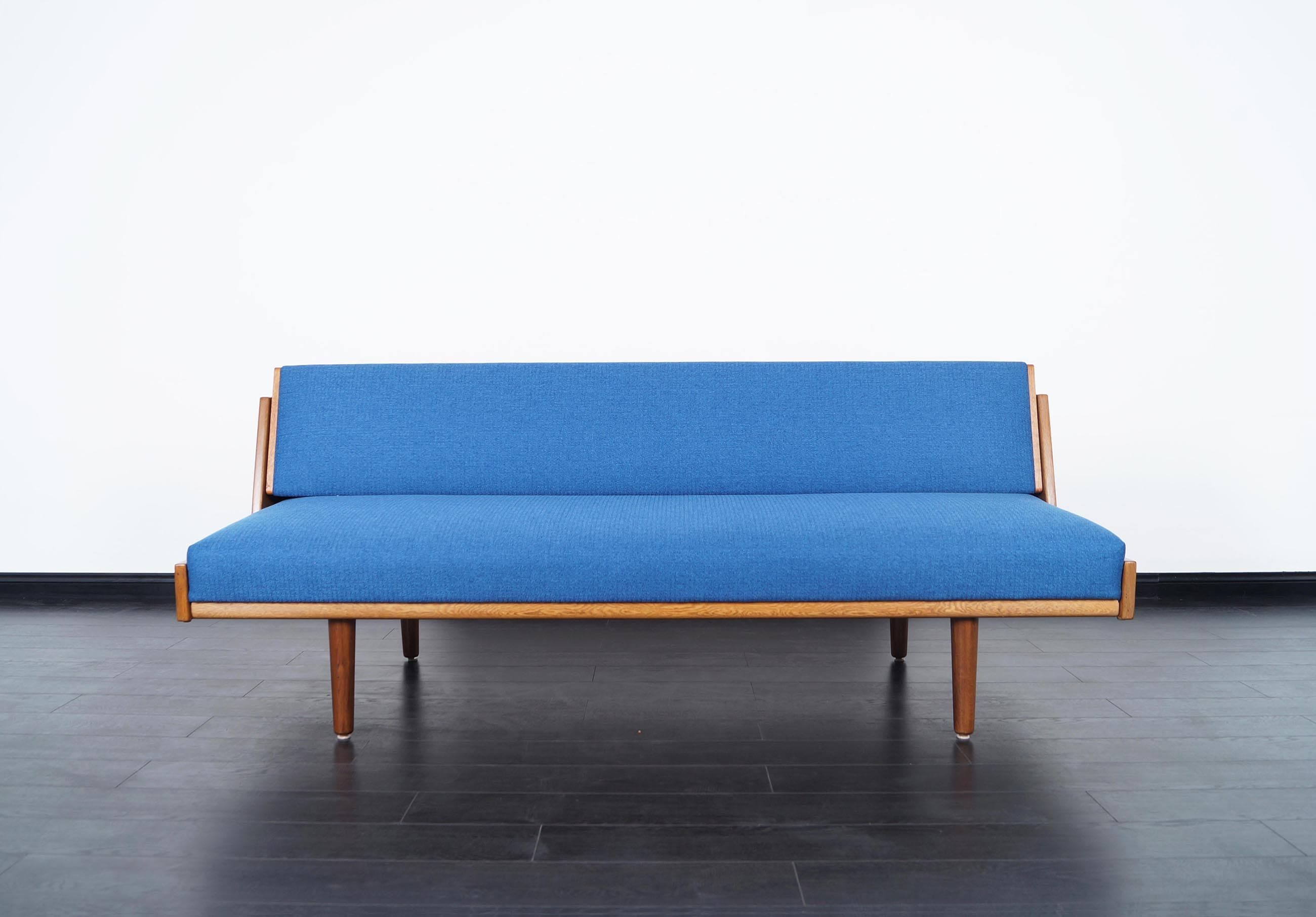 Danish Modern Daybed by Hans Wegner