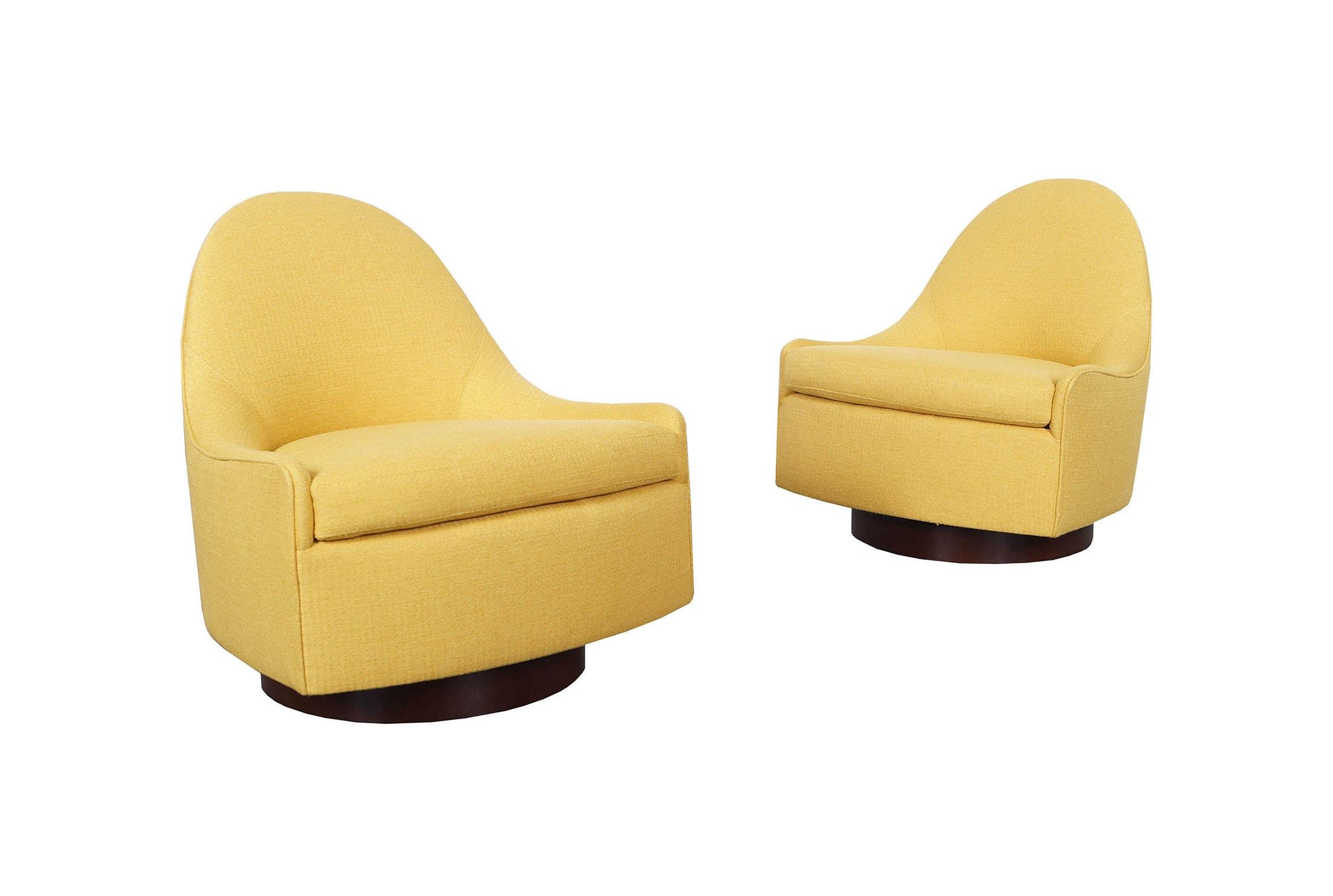 Vintage Teardrop Swivel Lounge Chairs by Milo Baughman