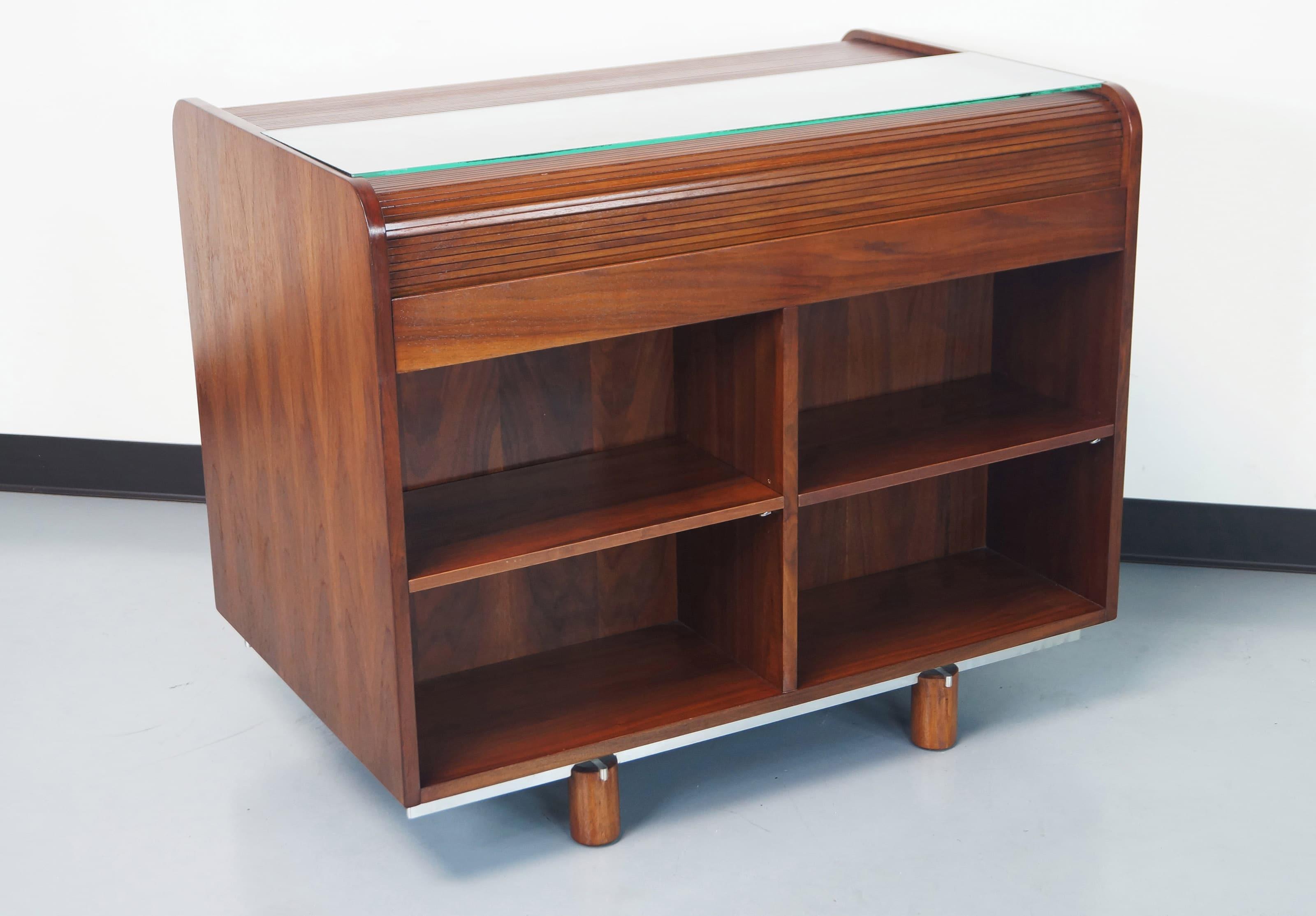 Writing Desk by Gianfranco Frattini for Bernini