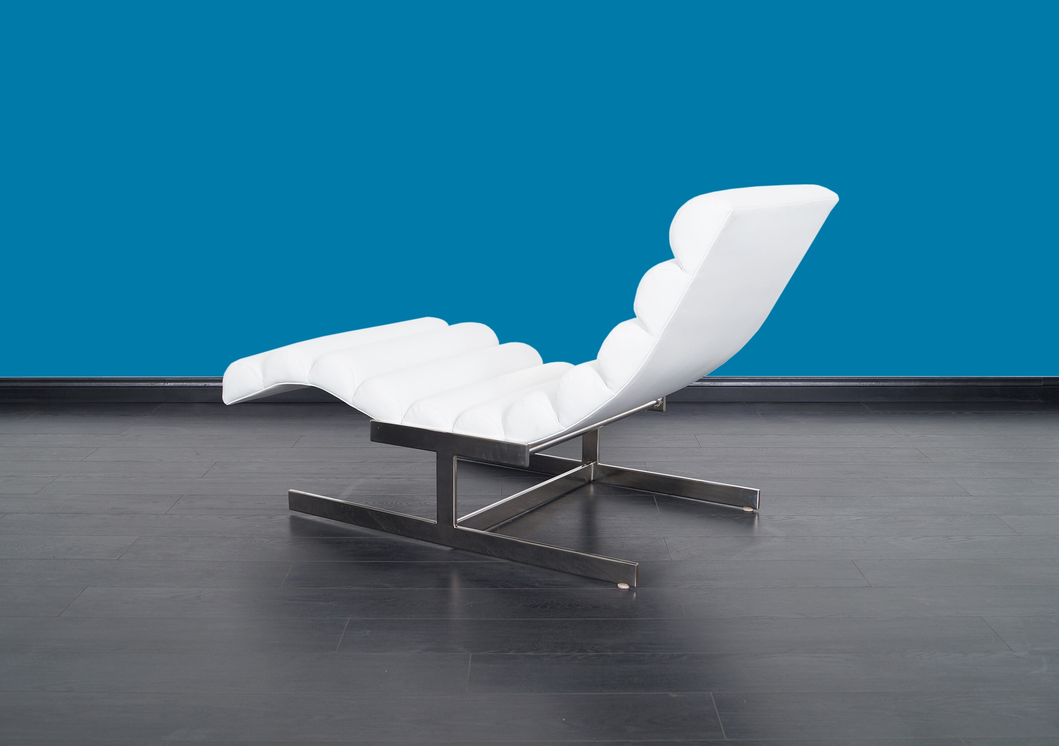 Vintage Leather Chaise Lounge by Milo Baughman