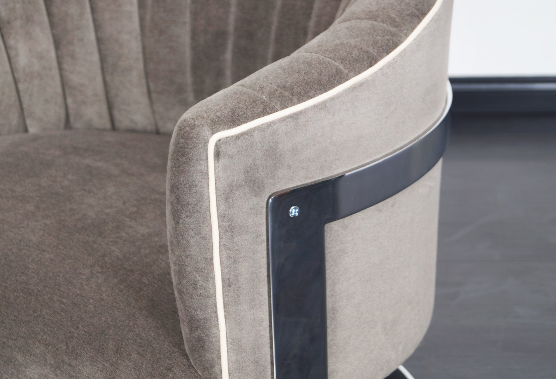 Vintage Chrome Barrel Lounge Chairs by Milo Baughman