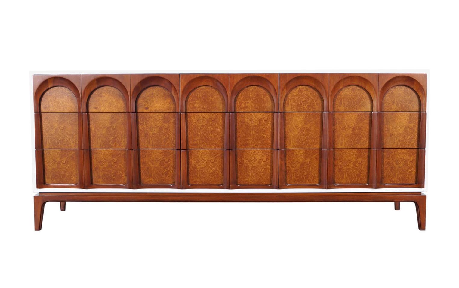 Mid Century Modern Walnut Dresser by Thomasville