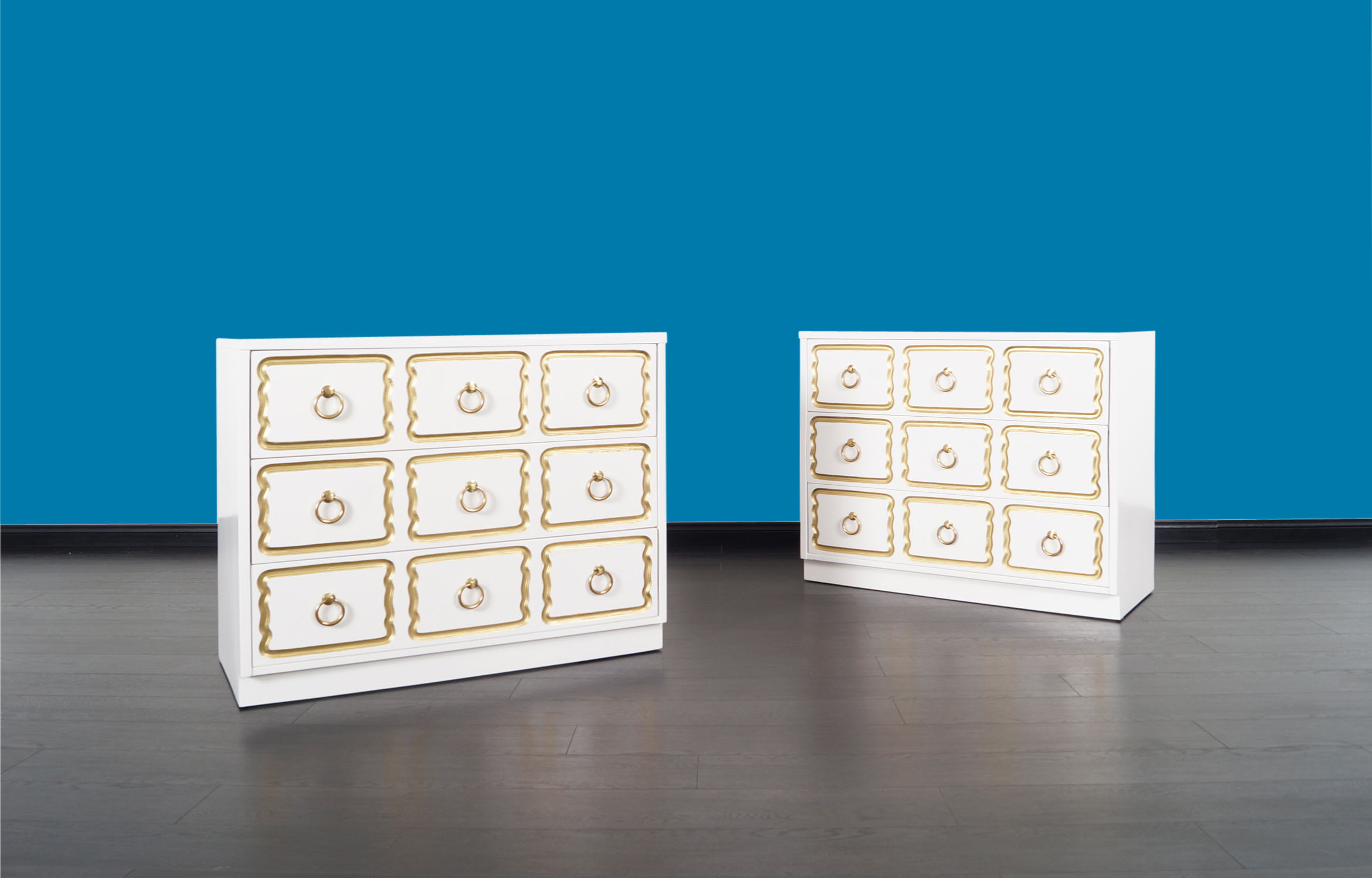 Vintage Lacquered España Chest of Drawers by Dorothy Draper