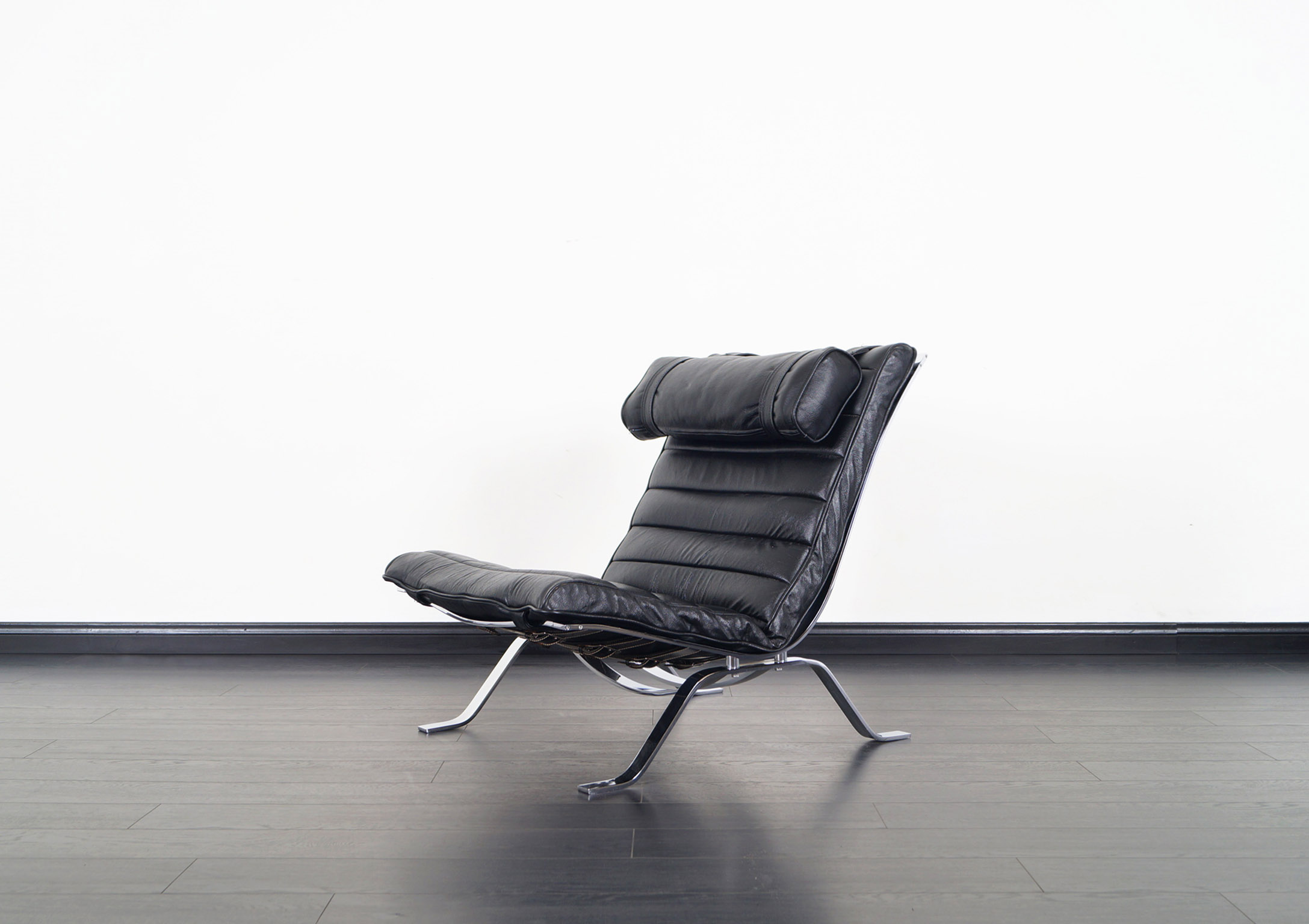 Vintage Leather Ari Lounge Chair by Arne Norell