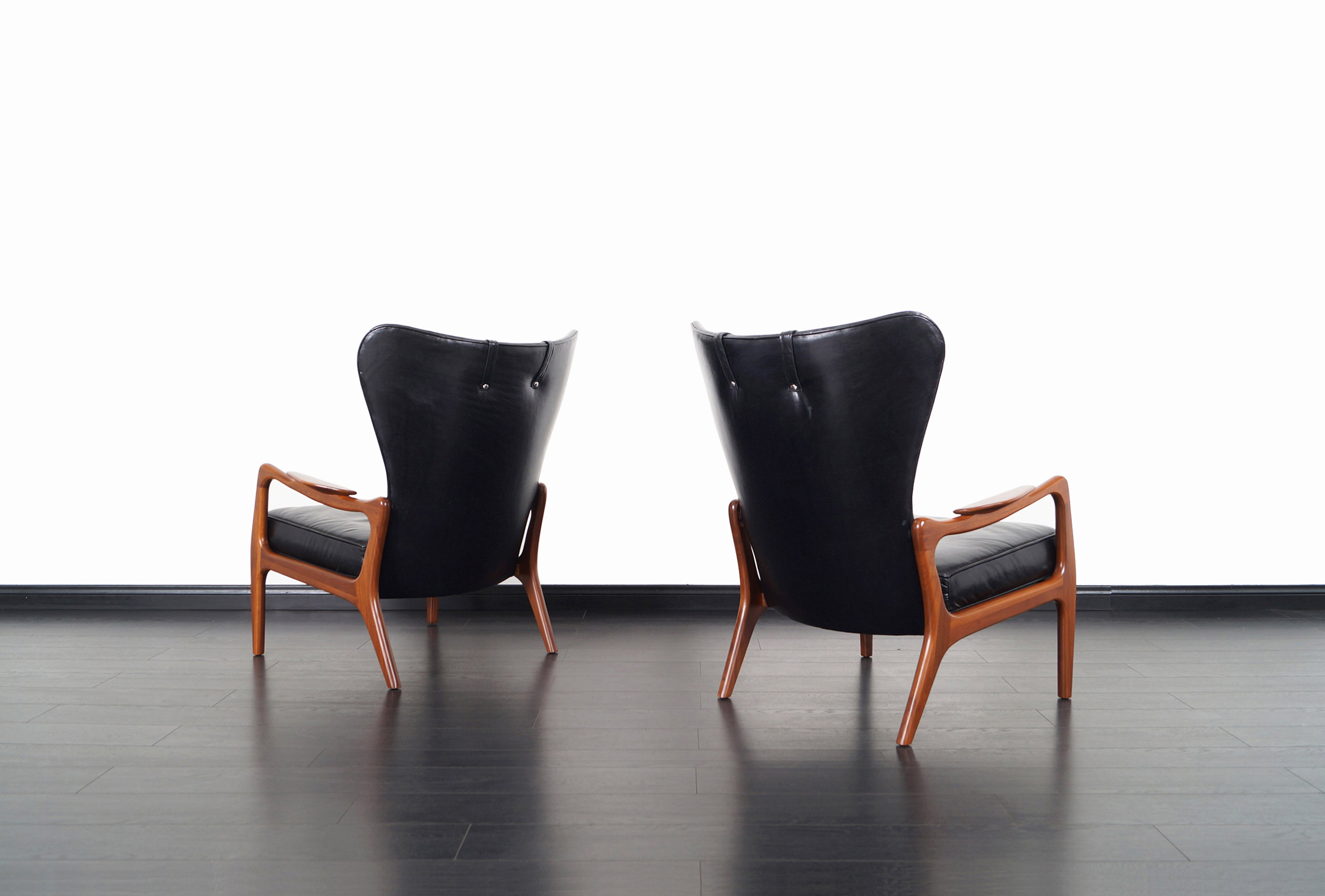 Vintage Model 1410-C Leather Lounge Chairs by Adrian Pearsall