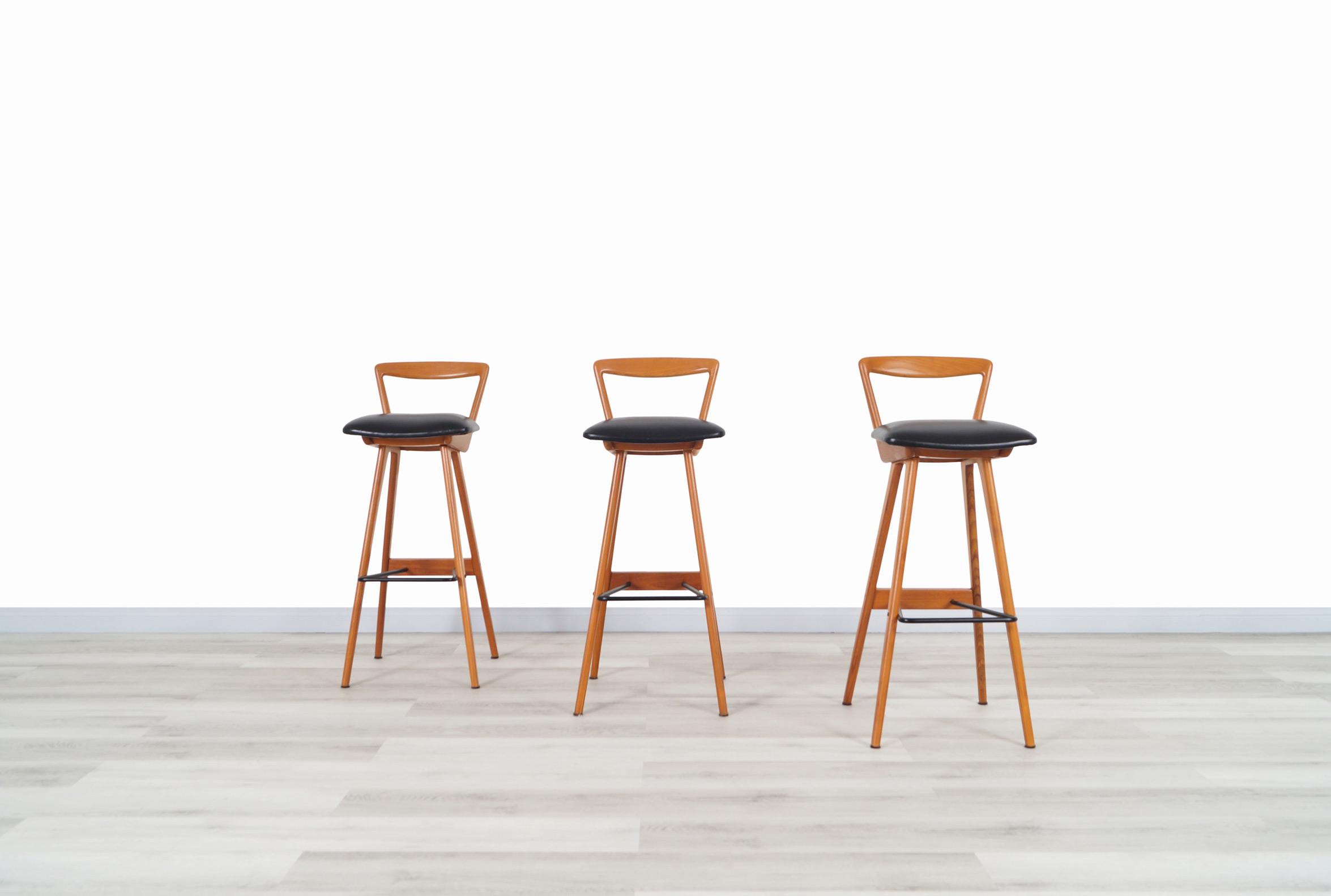 Henry Rosengren Hansen Danish Teak Bar Stools for Brande Møbelindustri