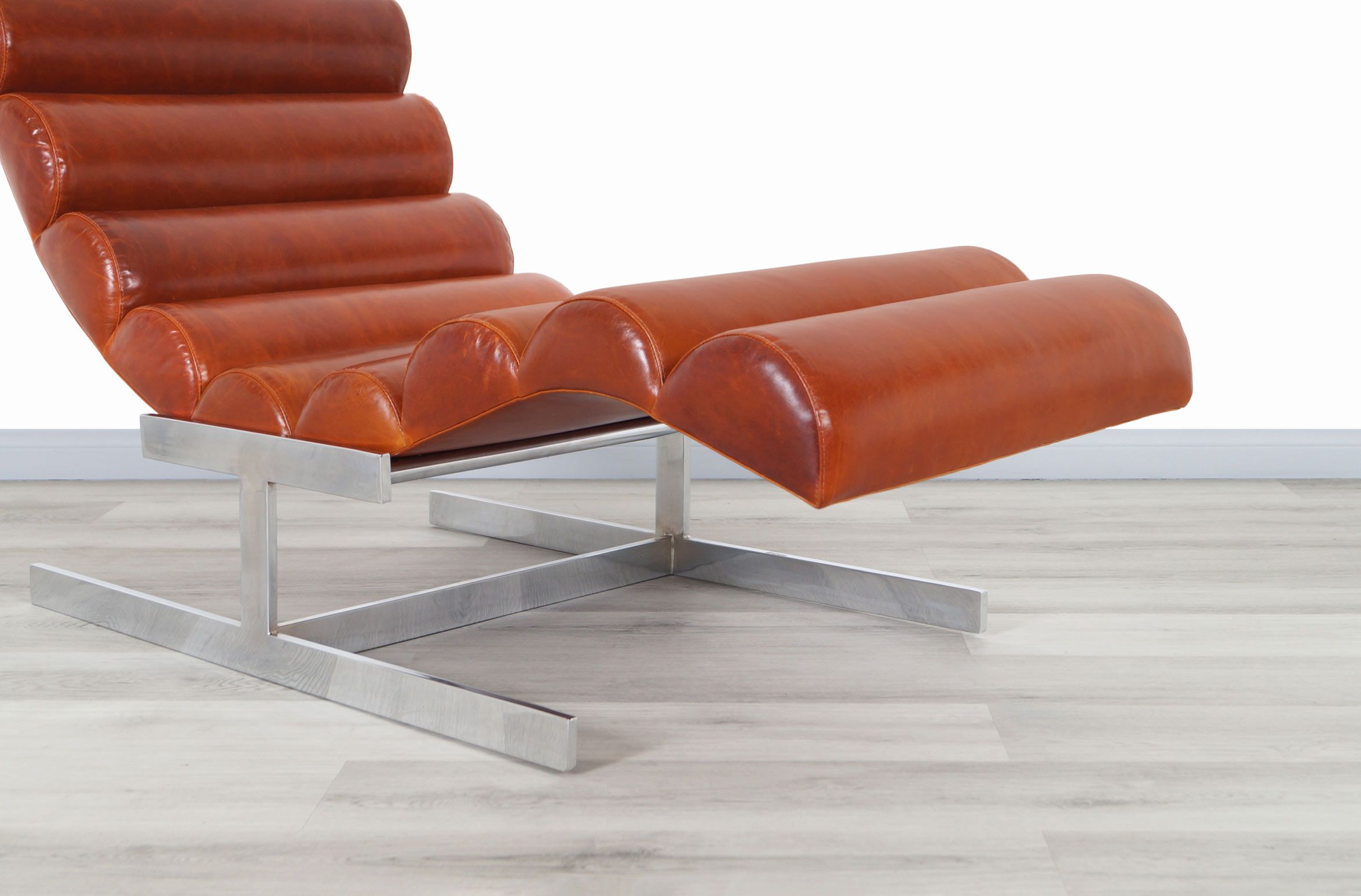 Vintage Chrome and Leather Wave Chaise Lounge Attributed to Milo Baughman