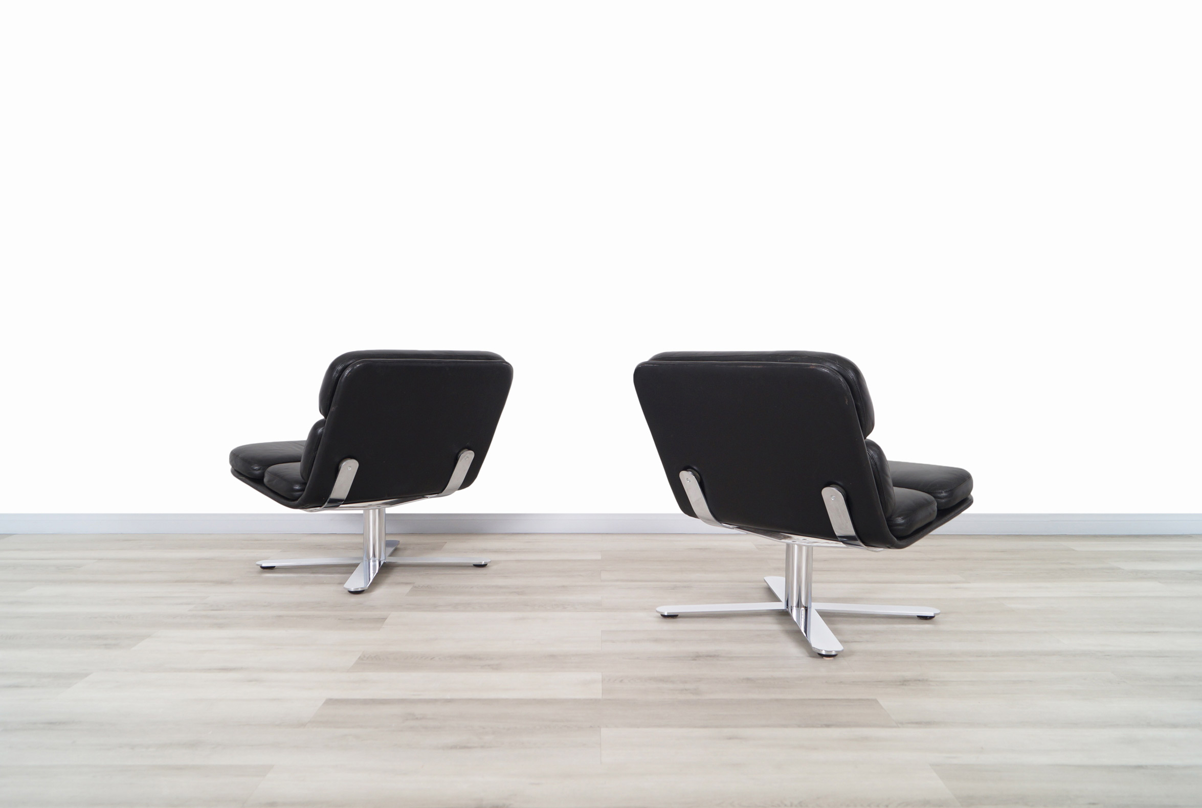 Vintage Leather Solo Lounge Chairs by John Follis for Fortress