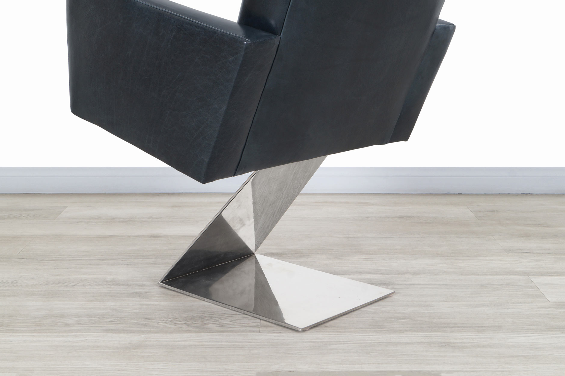 Vintage Stainless Steel Z Lounge Chairs by Milo Baughman, 2 Pairs Available